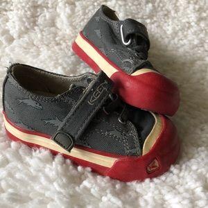 Keen boys sneakers